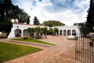 Montaraz Lodge