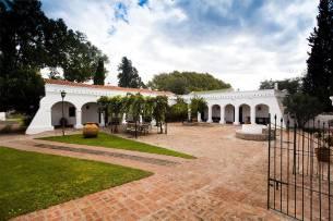 Montaraz Lodge